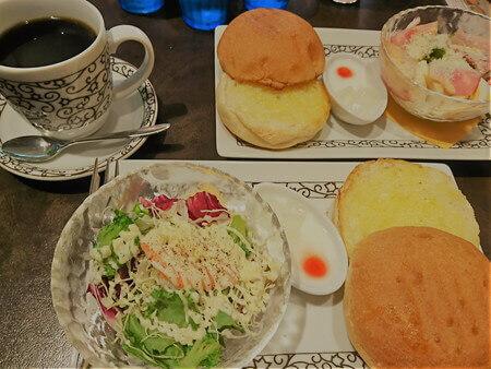 元町カフェモーニング