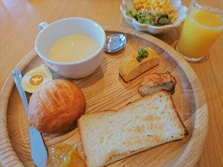 バイキング 朝食