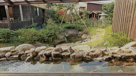 熊野の郷 足湯から見える庭
