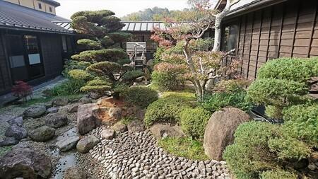 熊野の郷 温泉入り口近くの庭