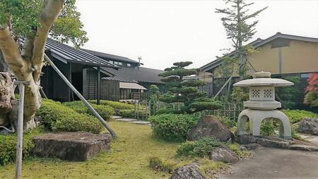 熊野の郷 玄関前