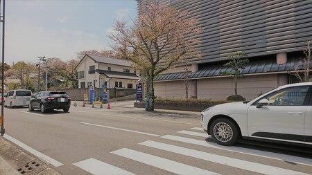 神宮会館「神宮参拝者駐車場」入り口