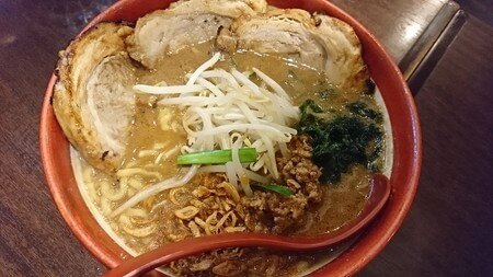 蔵でラーメン 伊勢味噌味噌漬けあぶりりチャーシュー麺