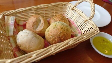 ビストロランチ パン