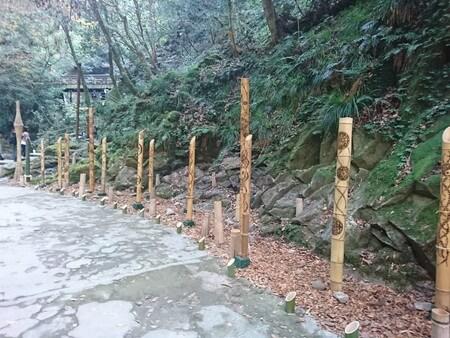 ライトアップ用の竹