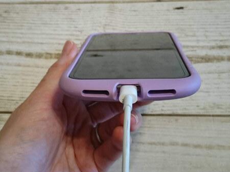 iphoneを充電器する