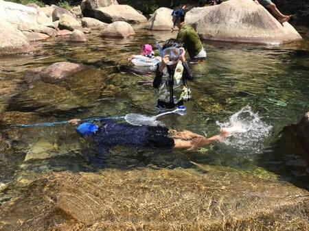 銚子川 魚飛峡で泳ぐ