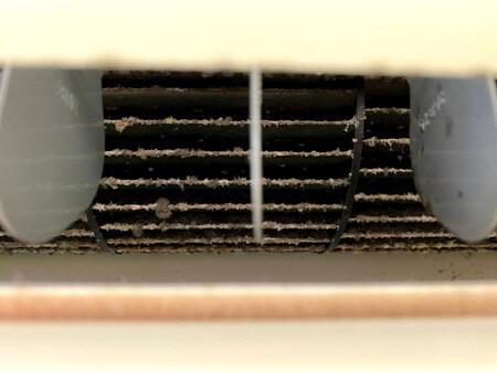 エアコンのカビ・汚れ